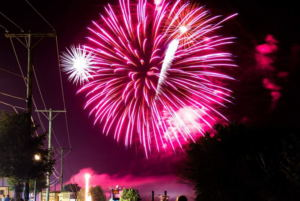 Le Claire Annual Tug Fest & Fireworks display near Iowa